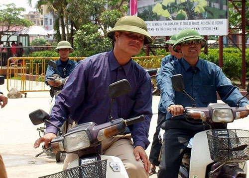 喜歡戴綠帽子的越南男人