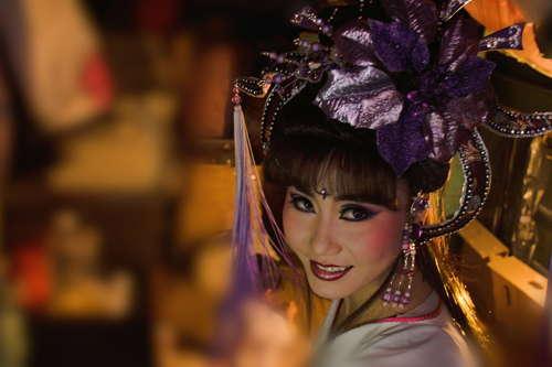她是越南新娘、台灣媳婦和歌仔戲班當家花旦